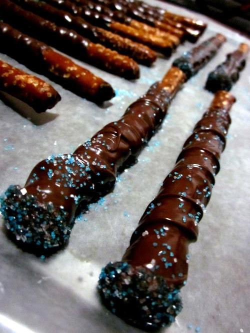 CHOCOLATE WANDS