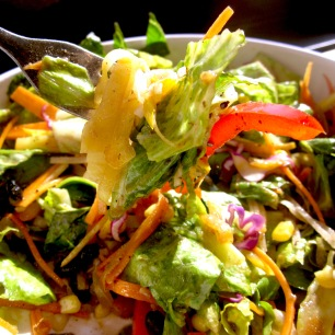 Salad bowl: healthy veggie-mix on a bed of lettuce, tossed in balsamic vinaigrette (naturally the ranch is not an option). This is a lighter version of the veggie burrito bowl.
