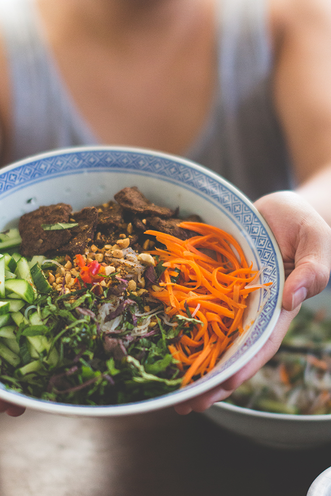 "Vietnamese Vermicelli Bowls + Five Spice ""Beef"" 